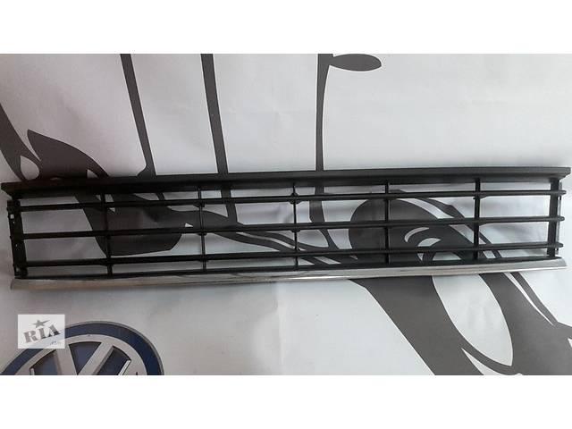 продам Volkswagen Passat B7 3AA853677 решотка в бампер бу в Луцке