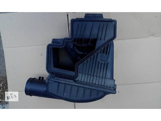 купить бу Б/у воздушный фильтр для легкового авто BMW 745 в Чернигове