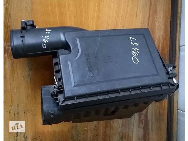 купить бу Б/у корпус воздушного фильтра  17800-38021, 17706-38021 для седана Lexus LS 460 / 460 L 2006-2009г в Николаеве