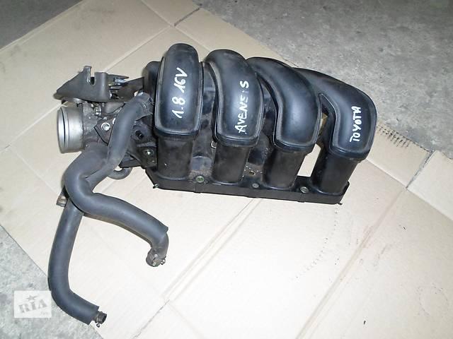купить бу Б/у Впускной коллектор с инжектором Тойота Авенсис Toyota Avensis 1,8і 2003г. в Рожище