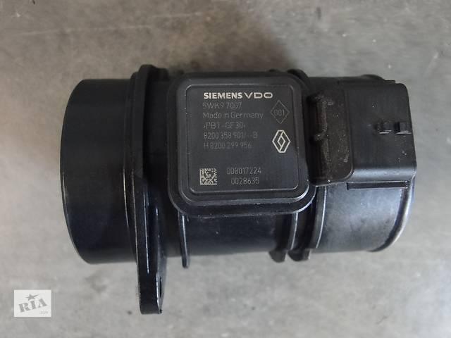 продам Б/у витратомір повітря для легкового авто Nissan Renault 1.5 DCI 5WK97007,8200358901,8200299956 бу в Львове