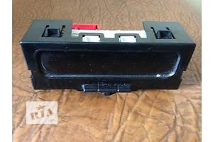 б/в Інформаційні дисплеї Renault Megane II
