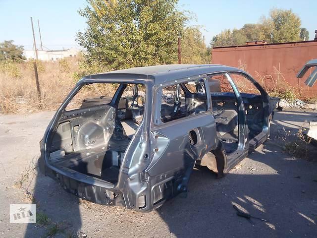 купить бу Б/у задняя правая четверть автомобиля для универсала Subaru Legacy Wagon в Днепре (Днепропетровске)