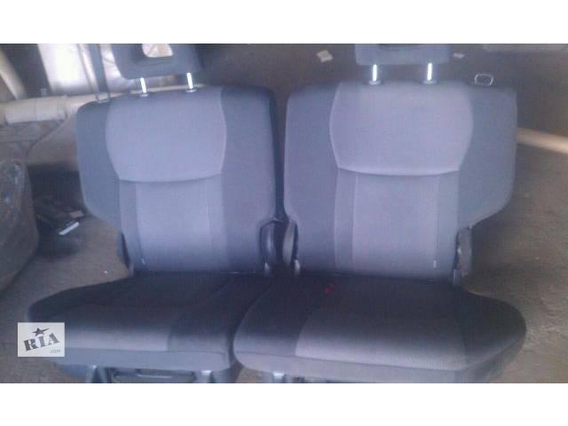 продам Б/у задние сиденье для хэтчбека Nissan Note 2006г бу в Киеве
