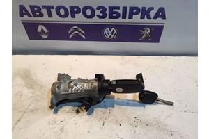б/в Замки запалювання / контактні групи Volkswagen Caddy