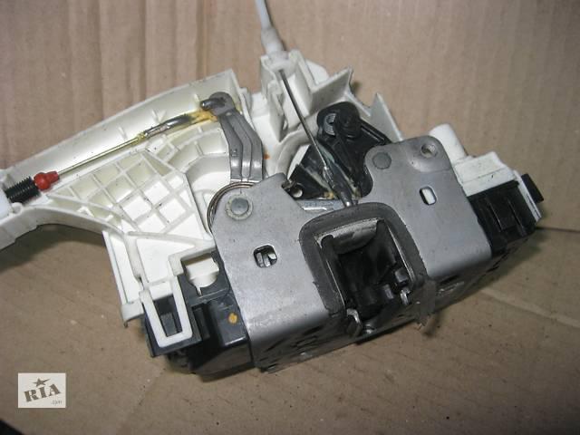 Б/у замок двери R Mercedes Sprinter 2006-.- объявление о продаже  в Ровно