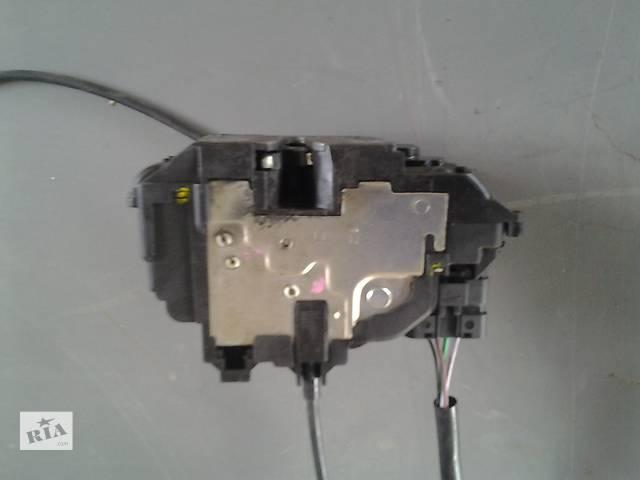 купить бу Б/у Замок двери Renault Kangoo Кенго 1,5 DCI К9К B802, N764 2008-2012 в Луцке