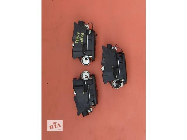 купить бу Б/у замок двери задней, на задні двері Mercedes Vito (Viano) Мерседес Вито (Виано) V639 в Ровно