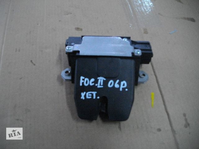 Б/у замок крышки багажника для легкового авто Ford Focus 2006- объявление о продаже  в Львове