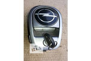 б/у Замки крышки багажника Opel Omega B