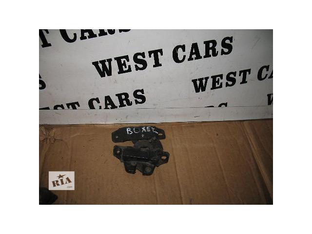 купить бу Б/у замок крышки багажника для легкового авто Peugeot Boxer 2007 в Луцке