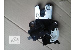 б/у Замки крышки багажника Volkswagen Passat B7