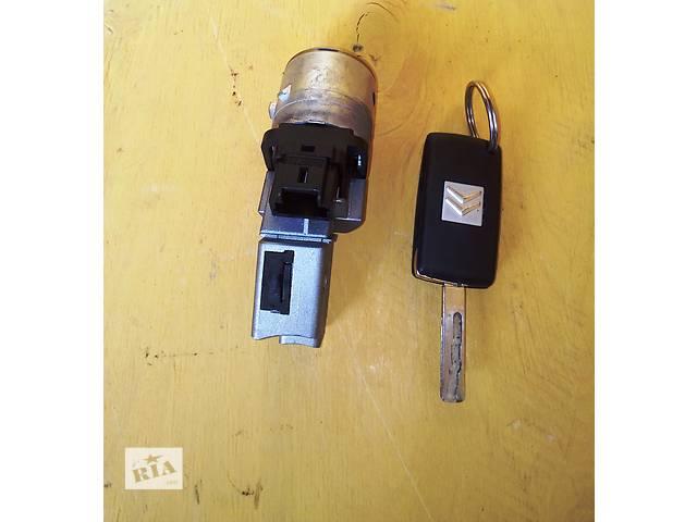 бу Б / у замок зажигания + ключ Фиат Скудо Fiat Scudo 2,0 /1,6 2007- в Ровно