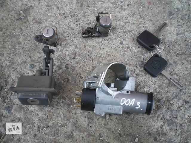 бу Б/у замок зажигания/контактная группа для легкового авто Opel Omega A в Умани