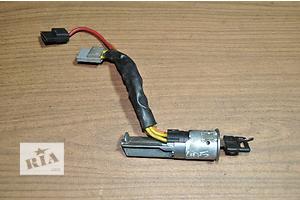 б/у Замки зажигания/контактные группы Peugeot 405