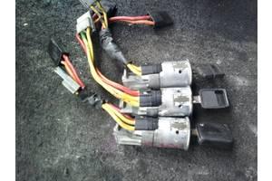 б/у Замки зажигания/контактные группы Renault Rapid