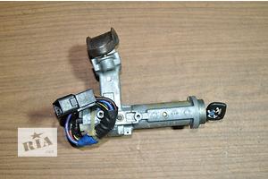 б/у Замки зажигания/контактные группы Toyota Carina
