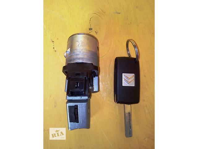 продам  Б / у замок зажигания с ключом Пежо Эксперт Эксперт Peugeot Expert 2,0/1,6 с 2007- бу в Ровно