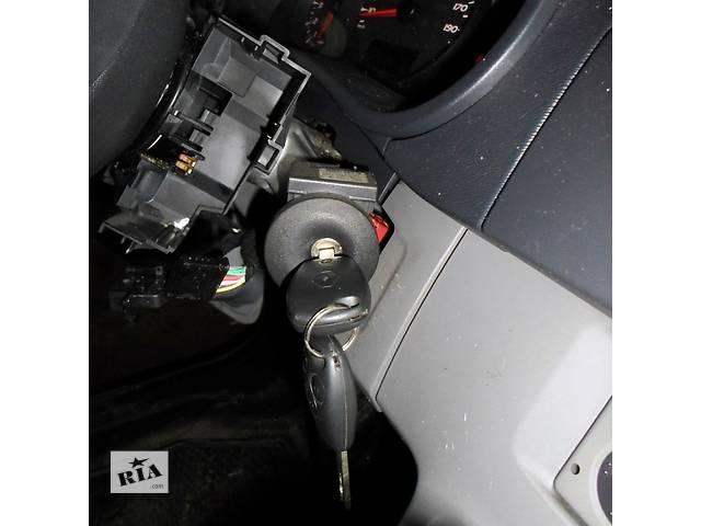 купить бу Б/у Замок зажигания запалювання Renault Kangoo Кенго 1,5 DCI К9К 2008-2012enault Kangoo в Рожище