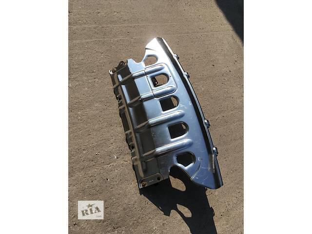 купить бу Б/у защита под двигатель для кроссовера Mercedes ML-Class в Измаиле
