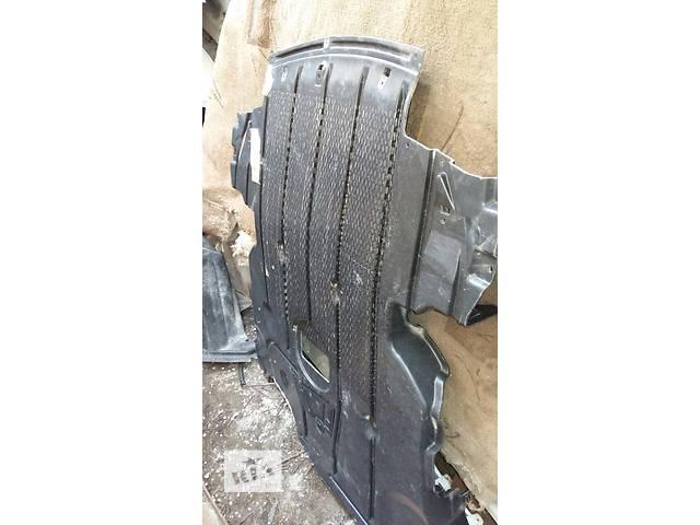 продам Б/у защита под двигатель для легкового авто BMW 3 Series Coupe бу в Киеве