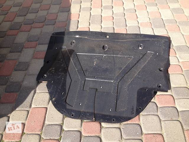 продам Б/у защита под двигатель для легкового авто Nissan Qashqai бу в Львове