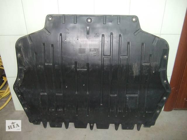 купить бу Б/у защита под двигатель для легкового авто Volkswagen Caddy в Львове
