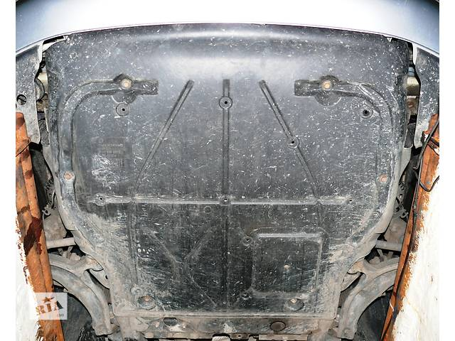 Б/у защита под двигатель Volkswagen T5 (Transporter).- объявление о продаже  в Ровно