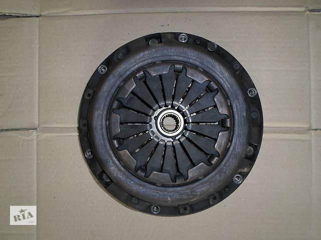 купить бу Б/у Зчеплення всборе Щеплення Кошик Диск Маховик Тойота Авенсіс Toyota Avensis 1,8 і 2003р. в Рожище