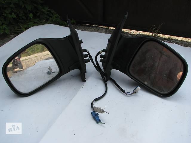 продам Б/у зеркала заднего вида боковые Nissan Serena бу в Броварах