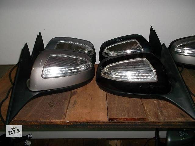 купить бу Б/у зеркало для легкового авто Mercedes C-Class w204 07-14 в Львове