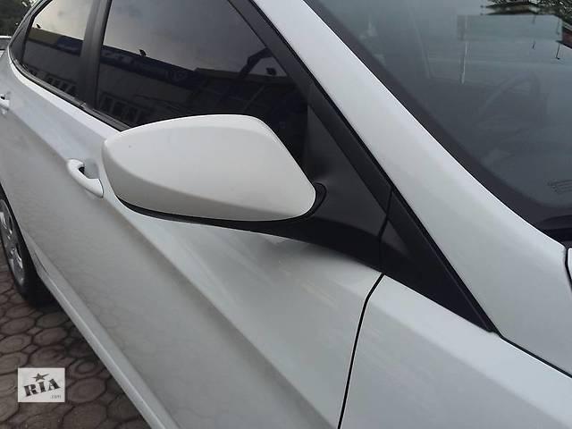 купить бу Б/у зеркало для седана Hyundai Accent в Киеве