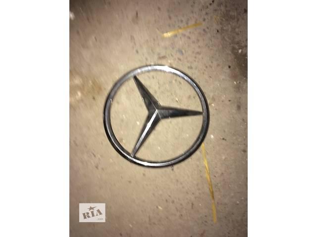 продам Б/у значок(копито) для грузовика Mercedes Vito бу в Яворове (Львовской обл.)