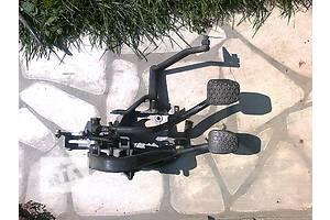 б/у Педаль сцепления BMW 528