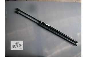 б/у Амортизатор багажника Ford Fiesta