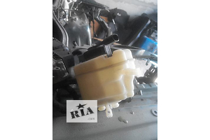 б/у Бачок главного тормозного Audi Q7