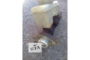 б/у Бачки главного тормозного цилиндра Opel Omega A