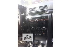 б/у Бардачок Mazda 3