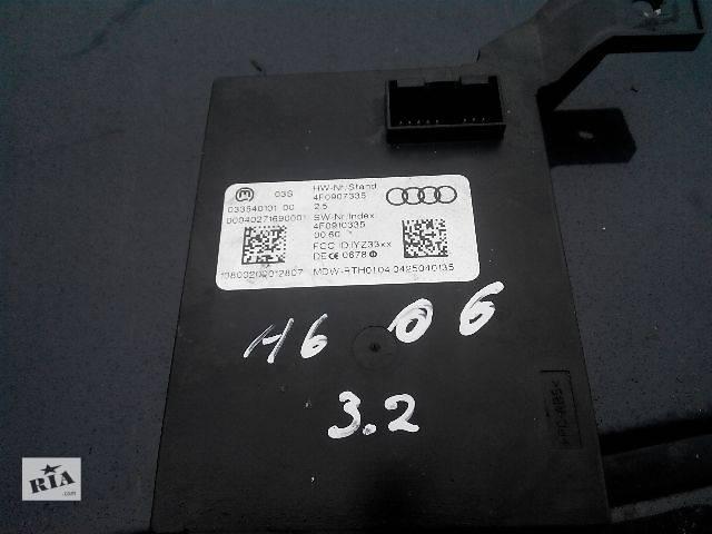купить бу Б/у Блок считывания информации с антенн системы бесключевого доступа 4F0907335 Легковой Audi A6 2006 в Львове