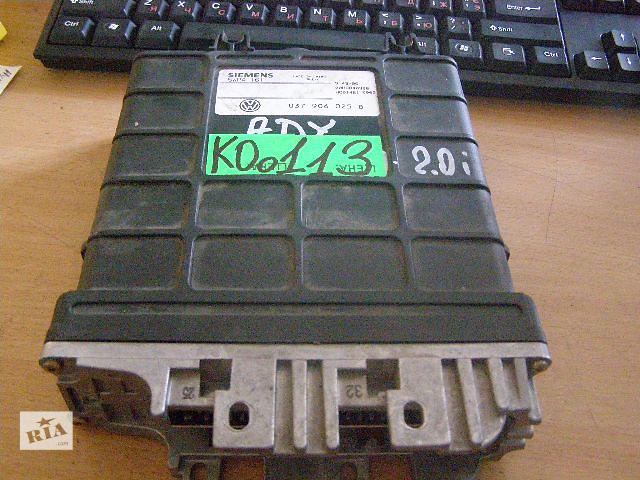 купить бу Б/у блок управления двигателем для легкового авто Volkswagen  SHARAN 2.0i 037906025B в Новой Каховке