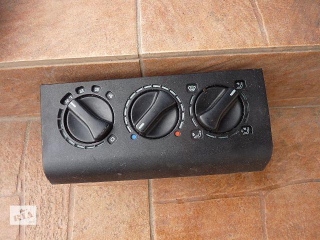 бу Б/у блок управління пічкою/кліматконтролем для седана Volkswagen B3 1993 в Львове