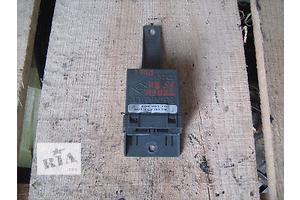 б/у Блок управління склопідіймачами Renault Trafic