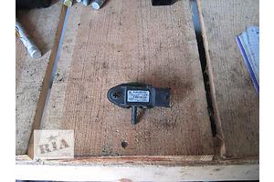 б/у Датчики і компоненти Renault Trafic