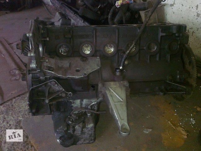 б/у Деталі двигуна Блок двигуна Легковий BMW 524 Седан- объявление о продаже  в Чопе