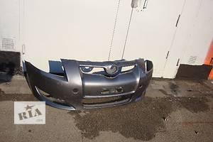б/у Бампер передній Toyota Auris