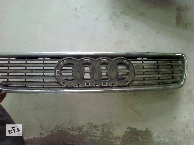 продам б/у Детали кузова Решетка радиатора Легковой Audi A6 бу в Ужгороде