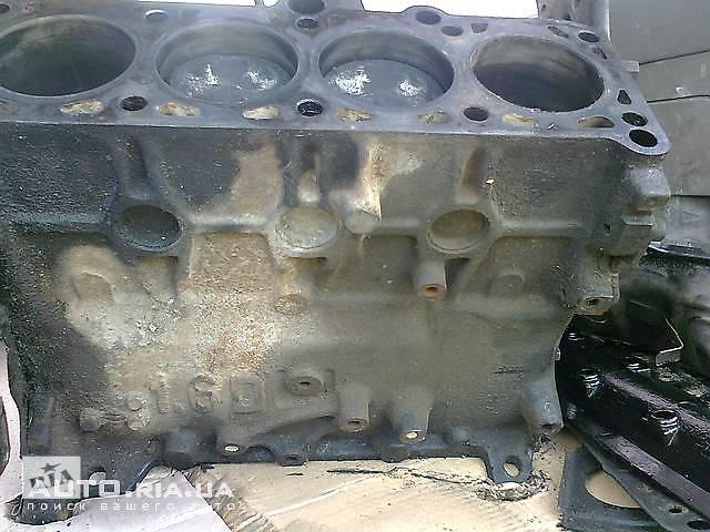 бу б/у Детали двигателя Блок двигателя Блок двигателя Audi 80 в Ужгороде