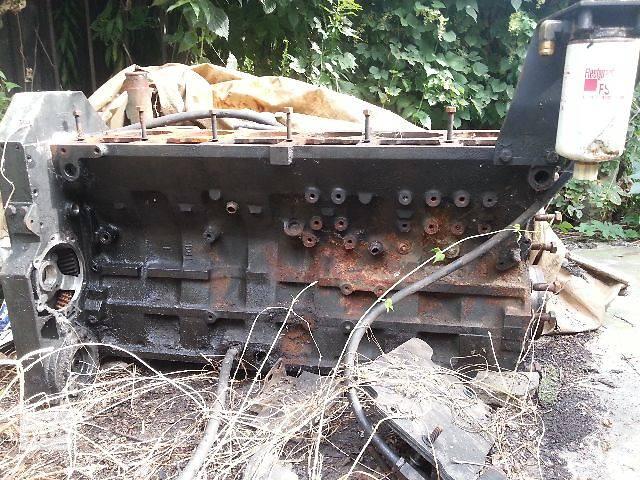 бу б/у Детали двигателя Блок двигателя Каминс М11Грузовики 2000 в Киеве