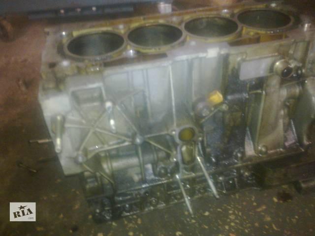 бу Детали двигателя Блок двигателя Peugeot 607-2.2 бензин 2003г.- в Виннице