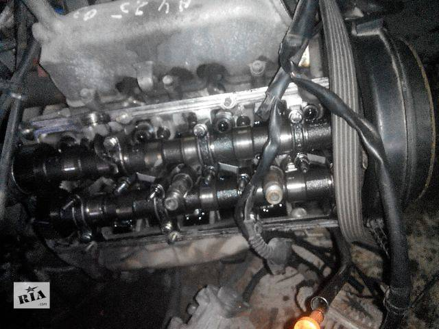 купить бу б/у Детали двигателя Головка блока Легковой Audi 2000 в Львове